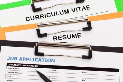 Beim TT Bewerbungsservice können Sie Ihre Bewerbung auf Englisch schreiben lassen. Ob Cover Letter, Curriculum Vitae / CV oder Resume: Wir sind der richtige Bewerbungsservice für Sie!